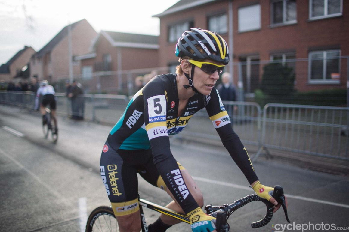 2015-cyclephotos-cyclocross-azencross-142958-ellen-van-loy