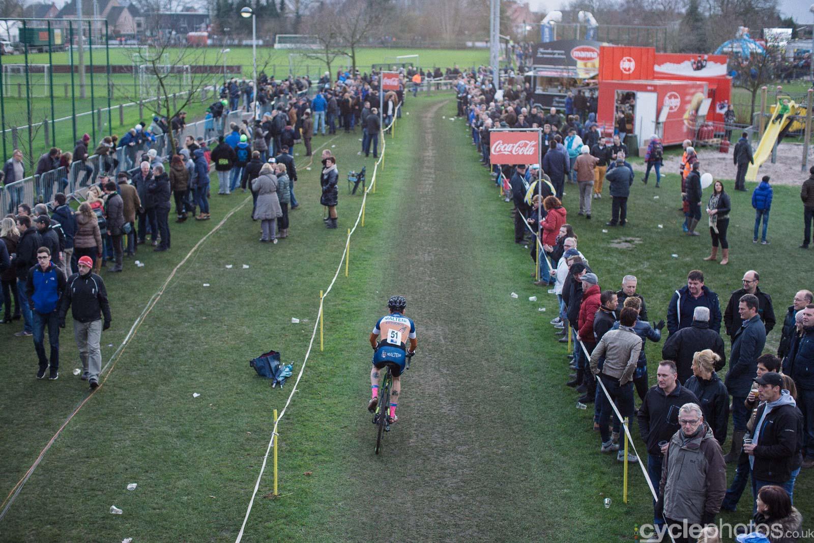 2015-cyclephotos-cyclocross-azencross-152823-angus-edmond