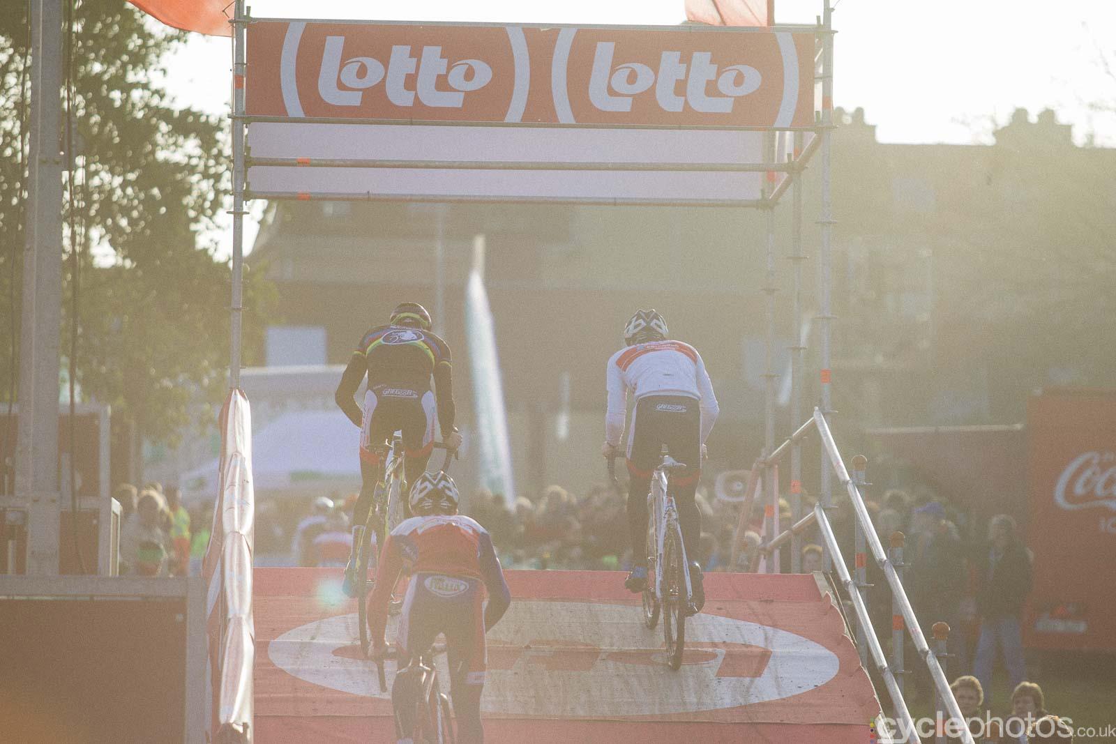 2015-cyclephotos-cyclocross-diegem-150449-course-recce
