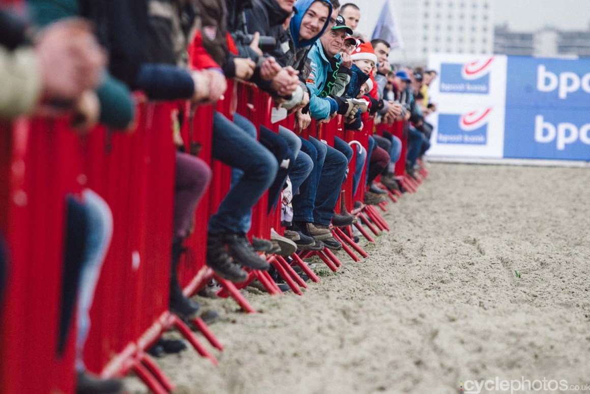 2015-cyclephotos-cyclocross-scheldecross-134941-knees