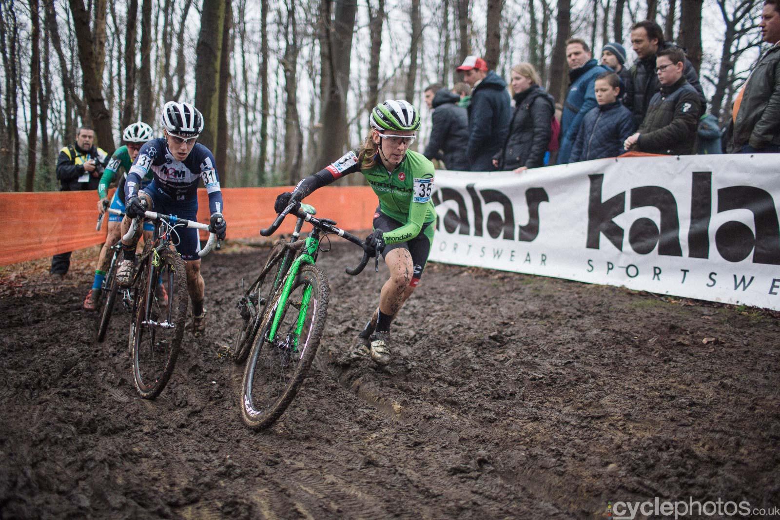 2016-cyclephotos-cyclocross-hoogerheide-134543-katie-antonneau