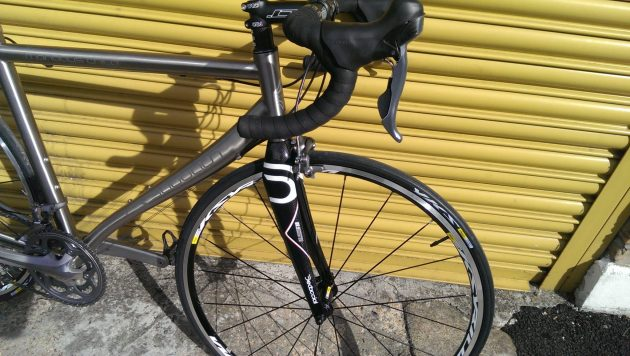Dedacciai front fork is stiff and precise and matches the frame nicely