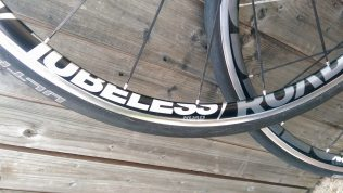Graphics proudly pronounce the tubeless technology you are using...