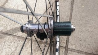 Rear hub designed for 11-speedShimano in this case