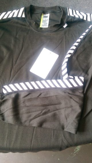 Highly reflective chevrons as loved by runners everywhere...