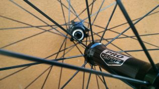 The Bortola's hubs are simple looking and spin effortlessly on their Ezo bearings