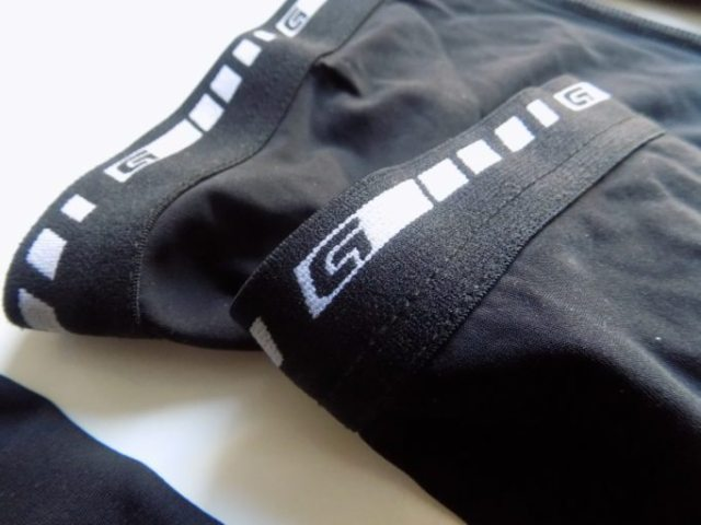 Elastic grippers, backed with silicone keep the warmers up