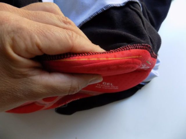 The Aerocomp boasts some impressively thick padding, making for a plush ride
