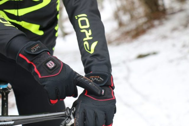 With a press of the button the Heat Concept gloves will be warming your hands