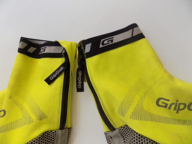 Long zip tabs are easy to grab with gloves