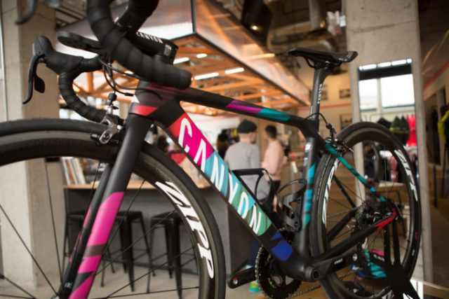 Canyon's Ultimate CF SLX 9.0 TEAM CSR was on display for your delectation