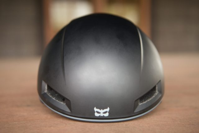 Only two vents on the front of the Tava helmet, but overheating wasn't a problem