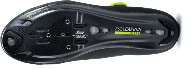The Ultralight Carbon 15 sole is made of 100% unidirectional carbon
