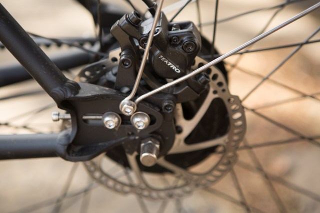 Tektro hydraulic disc brakes on the Comtinuum