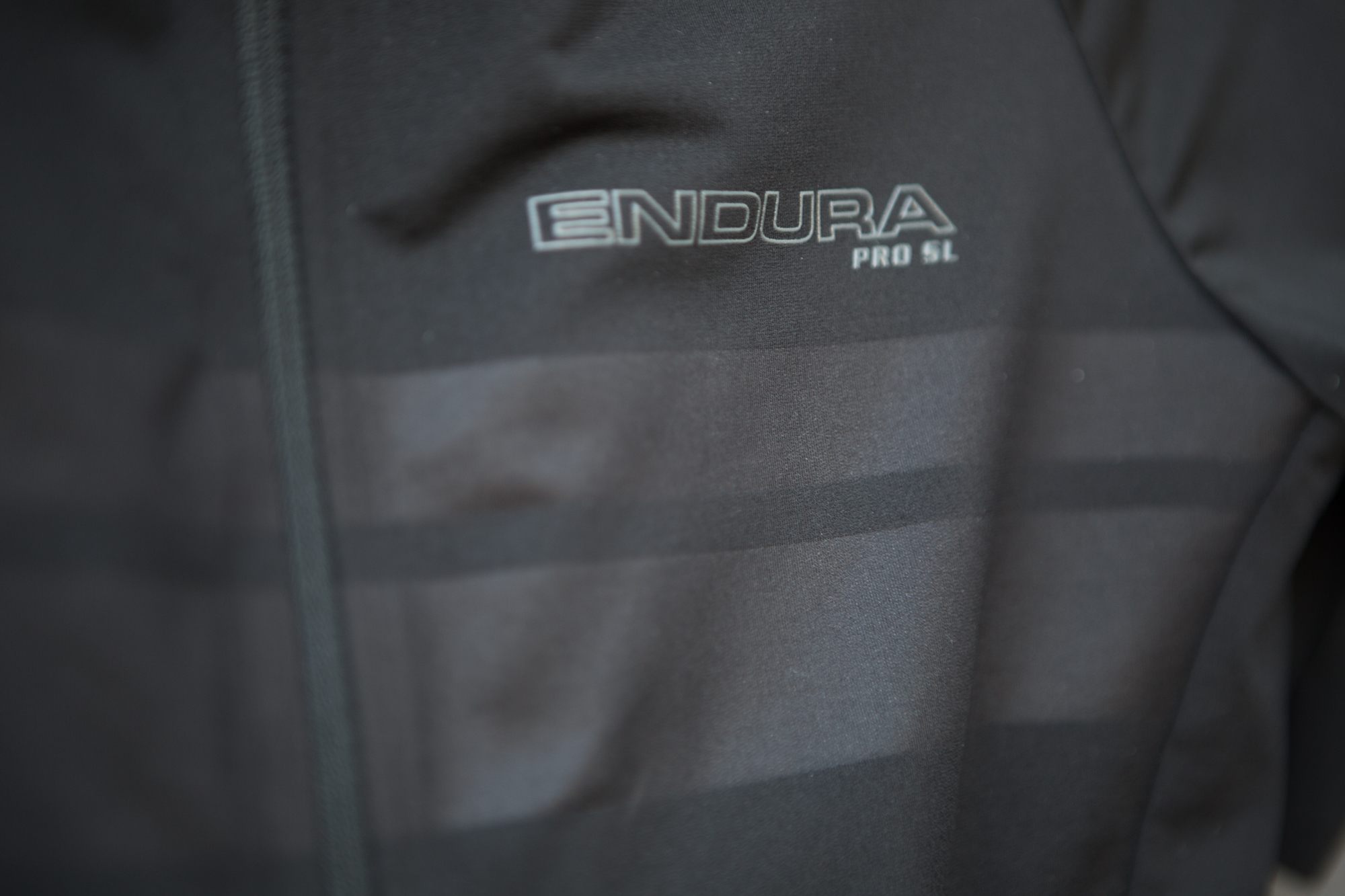 Endura Pro SL Cycling Kit Review: The Best For a Great Price