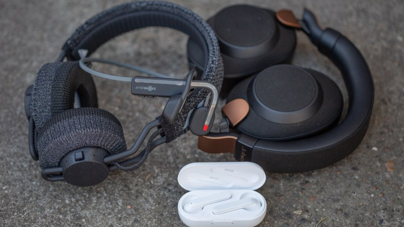 The Very Best Headphones for Cycling