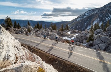 Spring biking with bear spray in The Hoodoos (6)