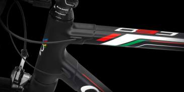 Colnago C60 Racing - internal cable routing