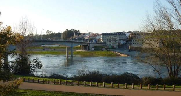The bridge between Salvaterra Do Miño and Monçao