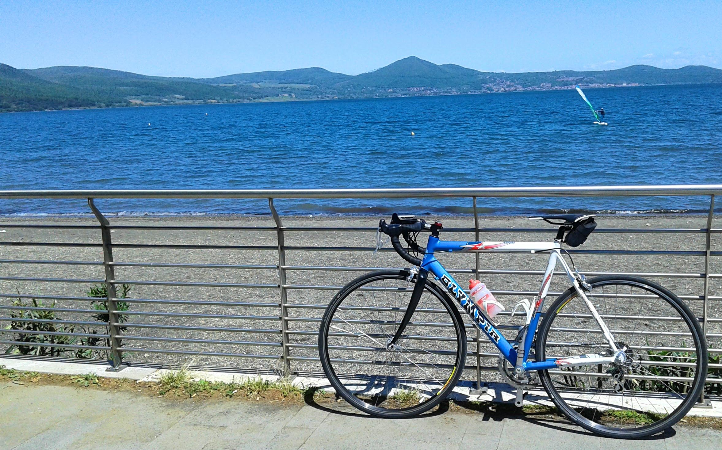 Lago di Bracciano in bicicletta: il giro completo