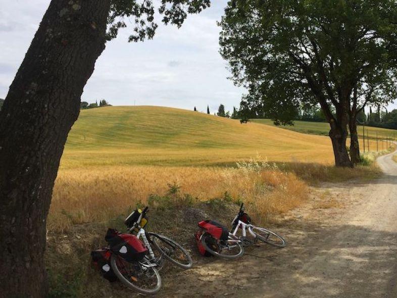 via-francigena-in-bicicletta_viaggi-in-bicicletta