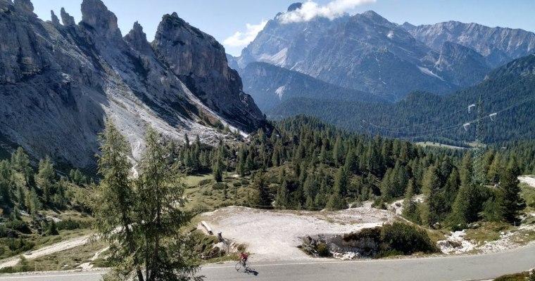 Tre Cime di Lavaredo in bici da corsa: la salita da Misurina (BL)