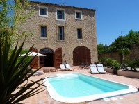 back-of-house-pool-for-cycling-languedoc1-e1320856516268