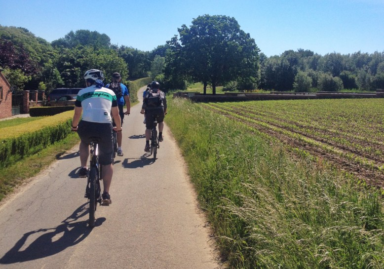 Cycling up to Oak Dump Cemetery