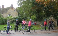 Bicester Oct 2015 cyclists by road