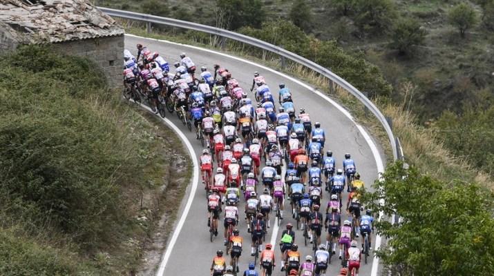 Peloton - 4e étape Tour d'Italie 2020 - RCS Sport La Presse Fabio Ferrari
