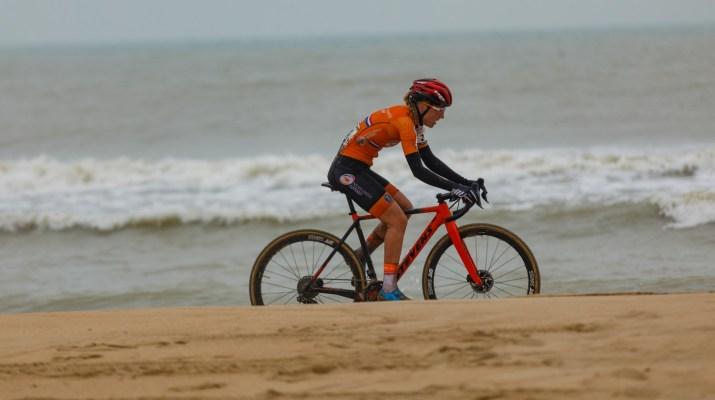 Annemarie Worst Plage - Championnats du monde cyclo-cross 2021 - Alain Vandepontseele