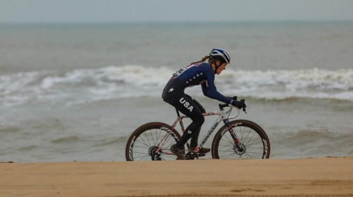 Clara Honsinger Plage - Championnats du monde cyclo-cross 2021 - Alain Vandepontseele