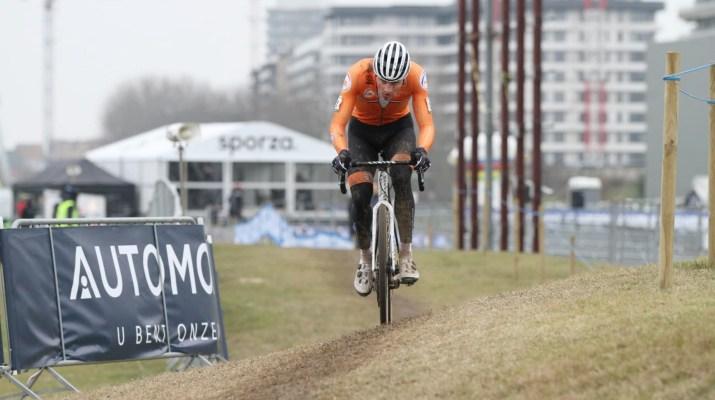 Mathieu Van der Poel Leader - Championnats du monde de cyclo-cross 2021 - Alain Vandepontseele