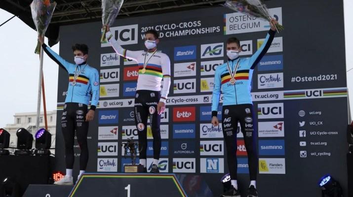 Podium Hommes - Championnats du monde de cyclo-cross 2021 - Alain Vandepontseele