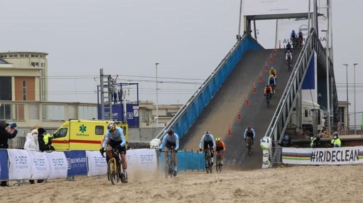 Première descente Pont Homms - Championnats du monde de cyclo-cross 2021 - Alain Vandepontseele