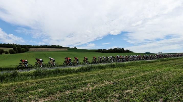 Peloton - 1re étape Critérium du Dauphiné 2021 - ASO Fabien Boukla