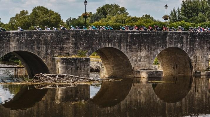 Peloton - 6e étape Tour de France 2021 - ASO Charly Lopez