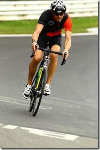 professional-road-bicycle-racer-2630333_1280