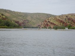 View back up the river from Cooliman Camp. Houseboat middle-right