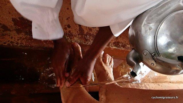 Lavage des pieds