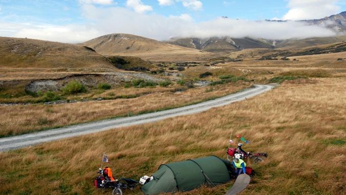PSUGLI : Le plaisir est dans la tente