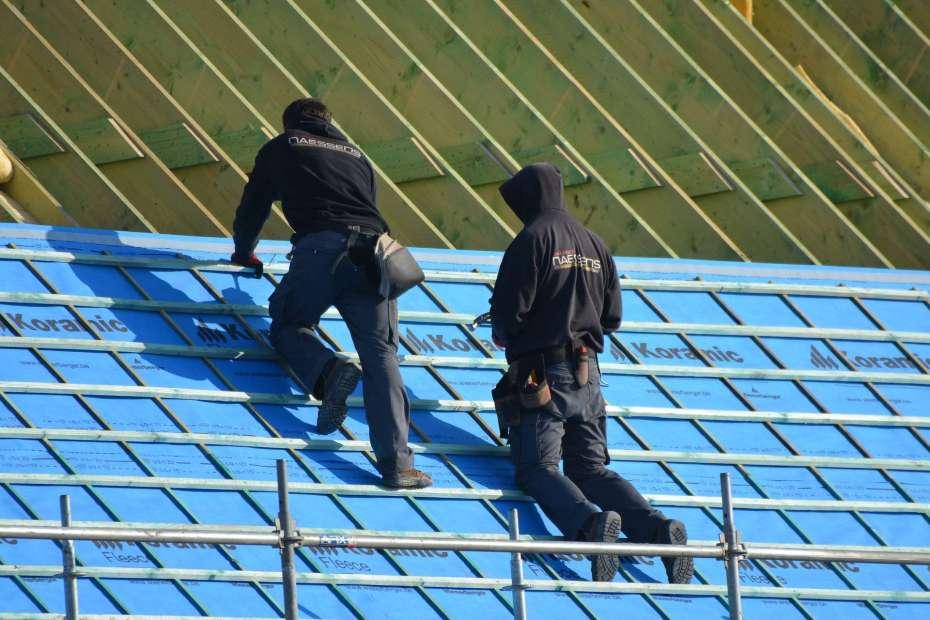 Roofer job