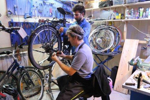 Révision des vélos avec Pavel