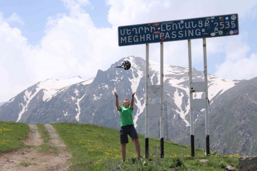 Sarah au Meghri pass