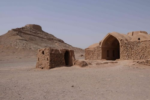 Tour du silence, Yazd