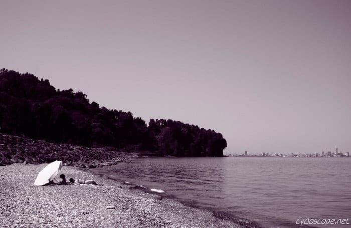 Spiaggia dell'Orto Botanico di Batumi
