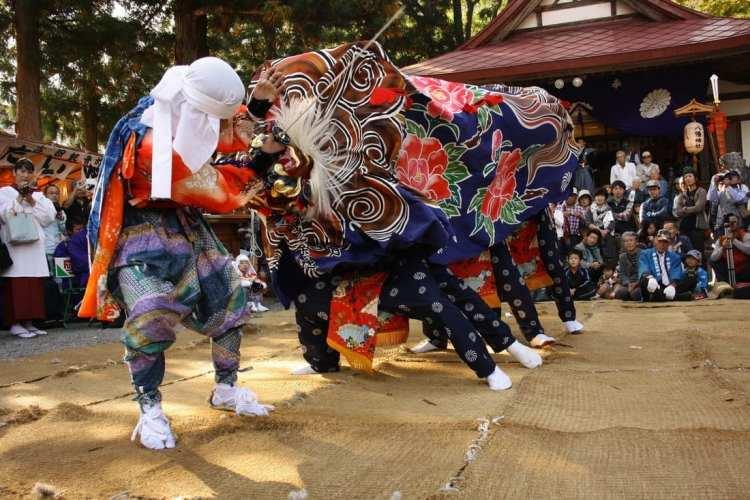 Lion Dance Japan