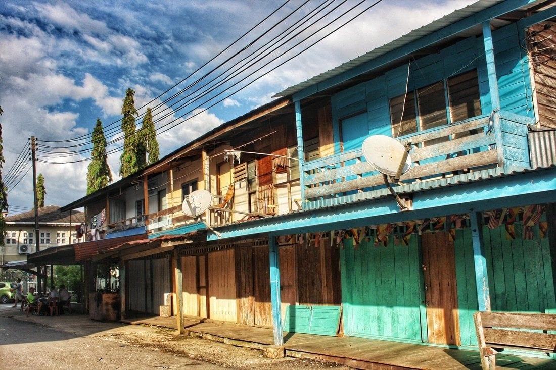 colorful wooden houses in Belaga