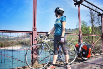 clothes to bring on a bicycle trip