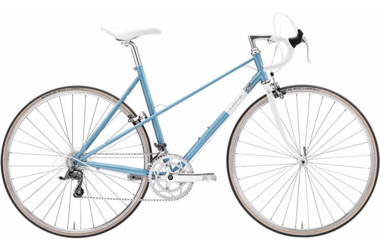 Beginner lady touring bicycle